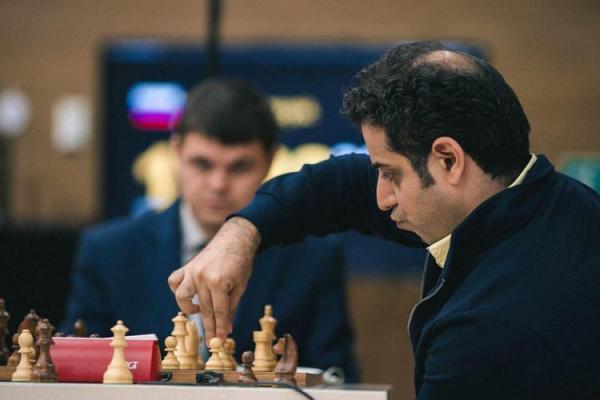 استاد بزرگ شطرنج ایران در کلاس مربیگری فوتبال!
